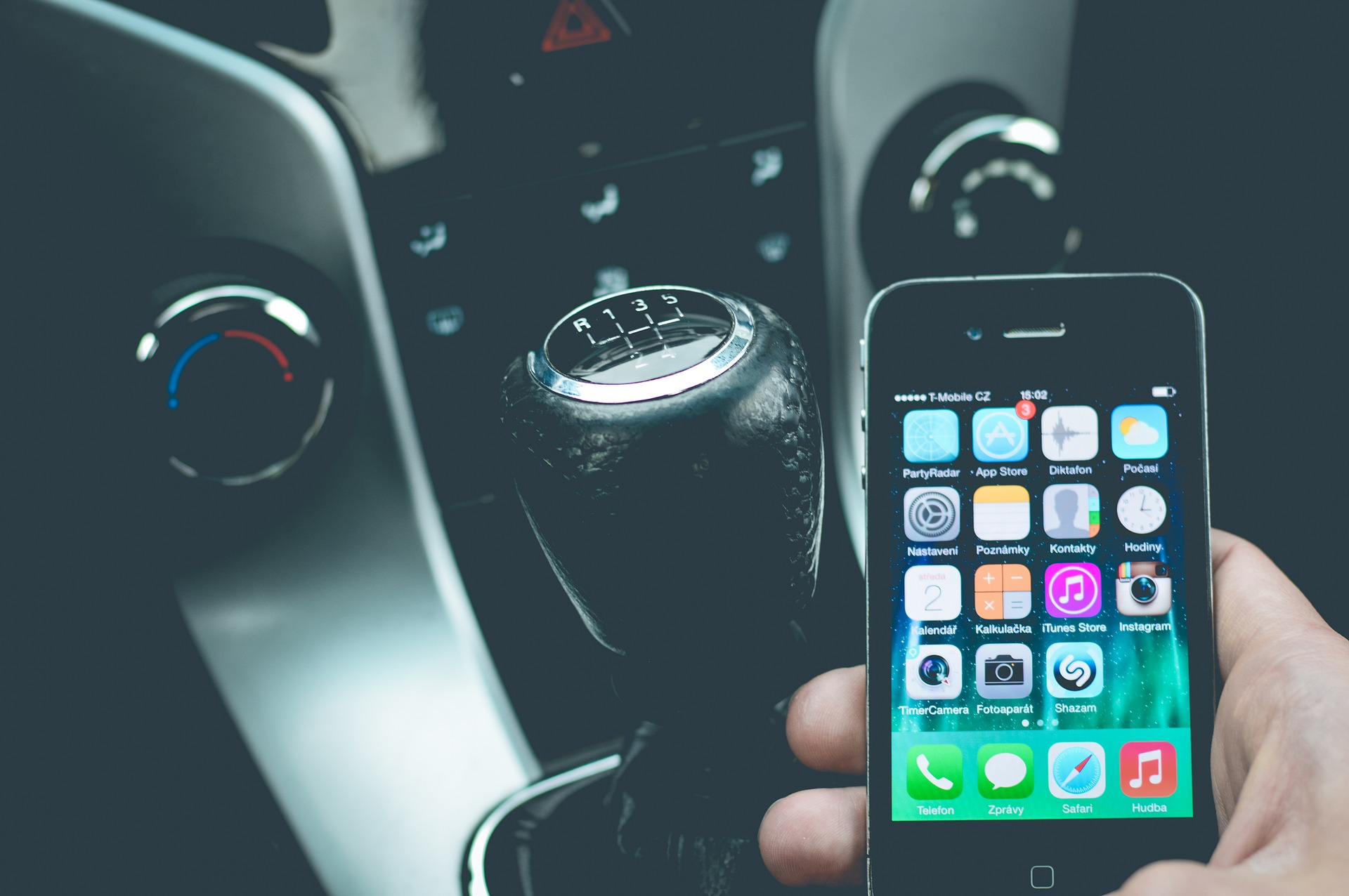 Sanificazione Auto: l'App che monitora l'abitacolo