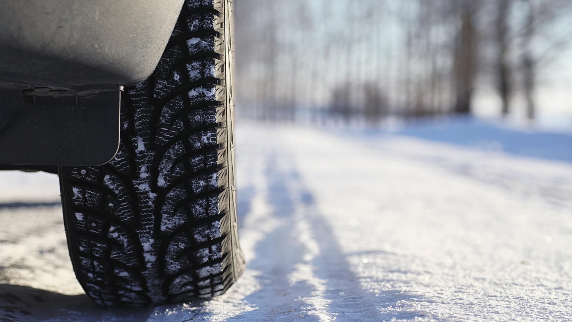 Pneumatici invernali: inizia la stagione del cambio gomme