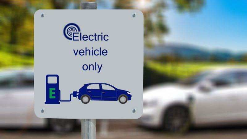 Auto Elettrica: i nostri consigli per ricaricare da casa