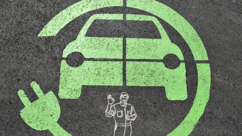 Batteria Auto Elettrica guasta o esausta? Ecco cosa fare.